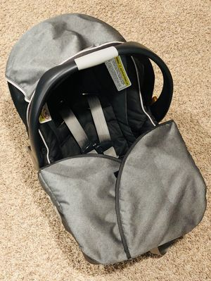 Chicco KeyFit 30 Magic Infant Car Seat for Sale in Iowa City, IA