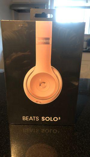 BEATS SOLO 3 for Sale in Bakersfield, CA