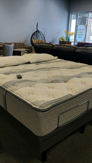 Hybrid mattress and adjustable bed frame for Sale in Missoula, MT