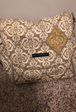 Patunia pickle bottom diaper bag. for Sale in Lexington, KY