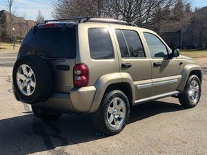 An Impressive 2005 Jeep Liberty with🎁 120,000 Miles🎁 for Sale in Des Moines, IA