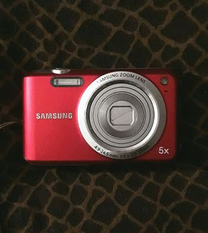 Samsung SL600 Digital Camera (Red) for Sale in Statesville, NC