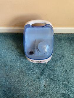 Vicks humidifier for Sale in Winchester,  MA