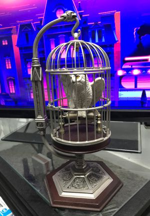 Harry Potters miniature hedwig and cage collectible for Sale in Los Angeles, CA