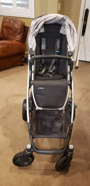 UPPAbaby Vista V2 Stroller for Sale in Las Vegas, NV