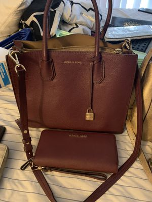 Michael Kors purse + wallet for Sale in Gaithersburg, MD
