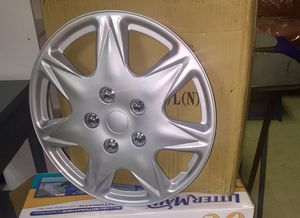 "New 17"" Hub Caps...Set of 4 for Sale in Greenville, MS"
