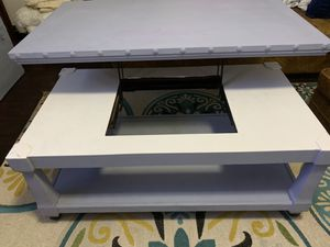 Coffee table for Sale in Appomattox, VA