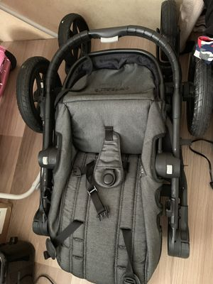 City select car seat and stroller. for Sale in Humble, TX