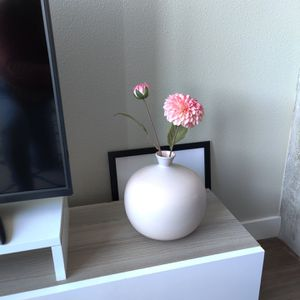 Pink Vase with Flower (Crate & Barrel) for Sale in Seattle, WA