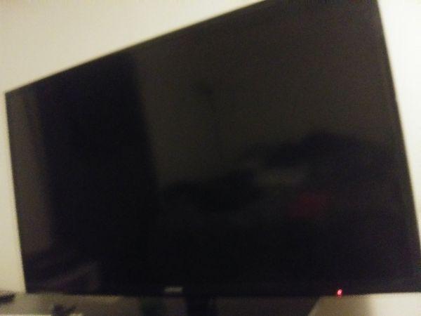 "40"" Flatscreen. Great TV Like new $100 obo"