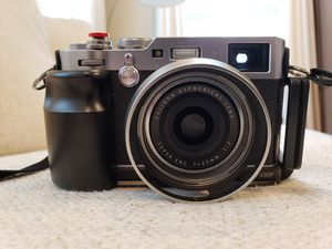 Fujifilm X100f for Sale in Glen Burnie, MD