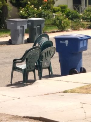 Plastic chairs for the patio for Sale in Fresno, CA