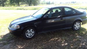 1999 Honda Civic everything works, new tires, 169k miles, standard 5 speed , runs great, gas saver for Sale in Church Point, LA
