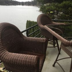 Bar Height Table and Four (4) Chairs for Sale in Lake Oswego,  OR