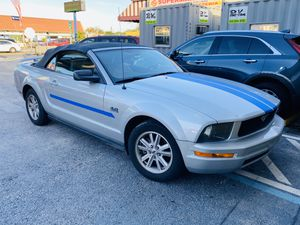 2006 FORD MUSTANG 4.0 for Sale in Miami, FL