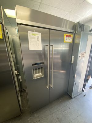 """48"""" 2019 KitchenAid Stainless Steel Built In Refrigerator for Sale in Simi Valley, CA"""