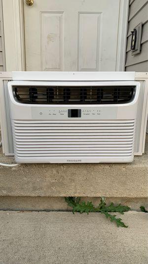 Frigidaire air conditioner for Sale in Columbus, OH