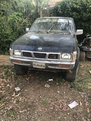 1996 Nissan truck 4x4...4 cylinders needs head work or new engine $800 obo AS IS 229,000 miles WLII NOT TURN ON ANYMORE for Sale in Greensboro, NC