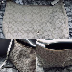 New COACH Creme Convertible Hobo Purse • Designer Bag for Sale in Arlington, VA