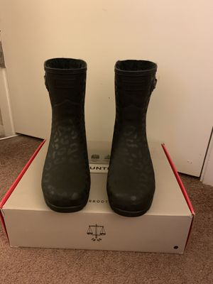 100% Authentic Brand New in Box Hunter Original Insulated Refined Short Rain Boot / Color: Black Animal Print / Women US size 11 (EU 43) for Sale in Walnut Creek, CA