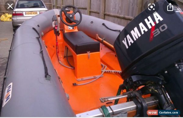 Center consul for inflatable boat