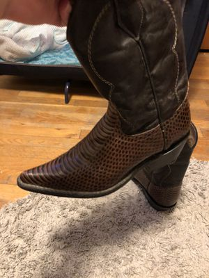 Botas for Sale in Silver Spring, MD