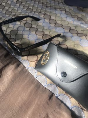 Ray bans matte black authentic for Sale in Chula Vista, CA