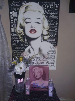 Marilyn monroe for Sale in Hacienda Heights, CA