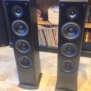 (2) Polk Audio 150 Watt 8-Ohm Tower Speakers for Sale in Miami, FL