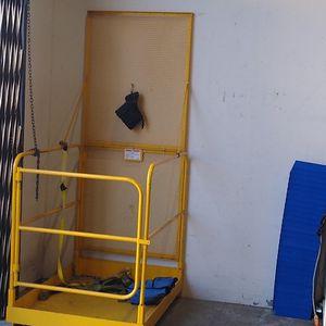 Forklift Cage-Uline for Sale in Irvine, CA