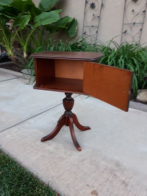 """SMALL VINTAGE ANTIQUE ACCENT PEDESTAL TABLE W/ SWING DOOR (17""""L × 11.5""""W × 24""""H) for Sale in Corona, CA"""