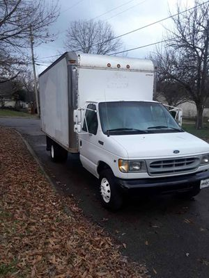 Truck camion for Sale in Nashville, TN