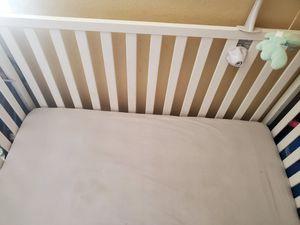 Baby crib....cuna de bebe for Sale in North Las Vegas, NV