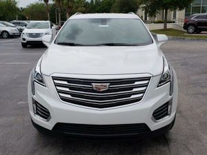 Absolutely exquisite2018 Cadillac XT5 Crossover 4dr Premium Luxury Completely loaded clean title good miles about 30k for Sale in Miami Gardens, FL