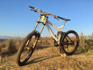 Downhill bike for Sale in Glendale, CA
