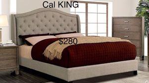 Cal king NUEVA EN SU CAJA / no incluye colchon/ QUEEN NEW IN. BOX / only bed frame for Sale in Visalia, CA