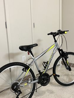 Roadmaster Kids Bike 24 for Sale in Tacoma,  WA