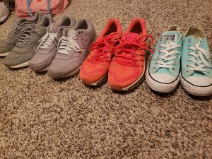 Used nike air max and converse shoes for Sale in Hurst, TX