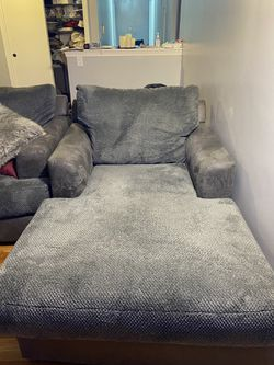 Bobs furniture Sofa and Chaise for Sale in Milton,  MA