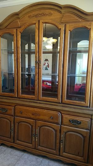China cabinet for Sale in Chesapeake, VA