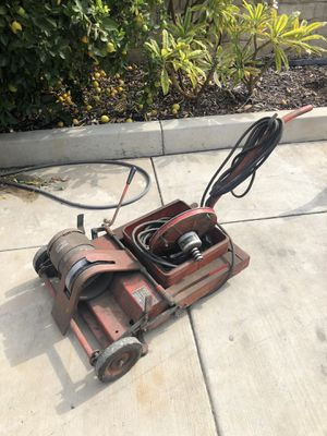 Hunter wheel balancer with attachments and weights for Sale in La Habra, CA