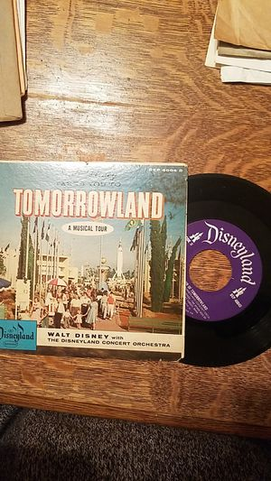 Vintage Walt Disney Disneyland 1956 Tomorrowland A Musical Tour 45 rpm DEP4004D for Sale in Cincinnati, OH