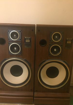 Subwoofers and twitters huge speaker for Sale in MONTGOMRY VLG, MD