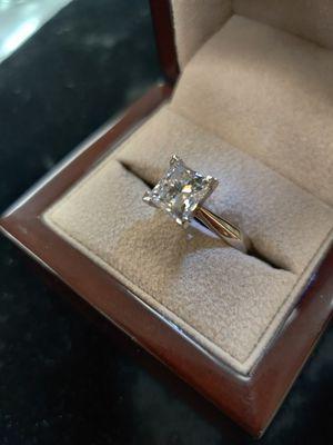 2.0 ct Diamond Princess Cut - Now Deals on the Net for Sale in Utica, MI