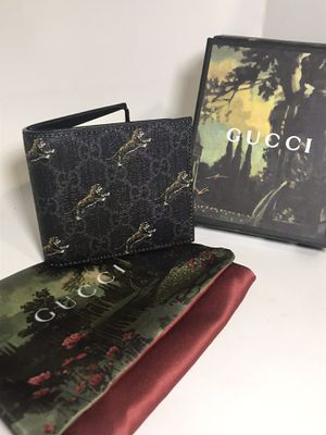 Gucci Black GG Flying Tiger Wallet for Sale in Queens, NY