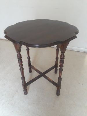 Antique table for Sale in Charlotte, NC