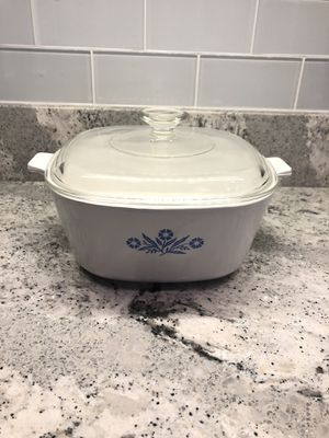 Vintage Pyrex Corning Ware 2 1/2 qt casserole dish for Sale in Spring Hill, FL