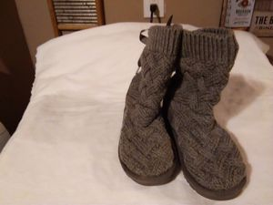 Ugg low tops for Sale in Columbus, OH
