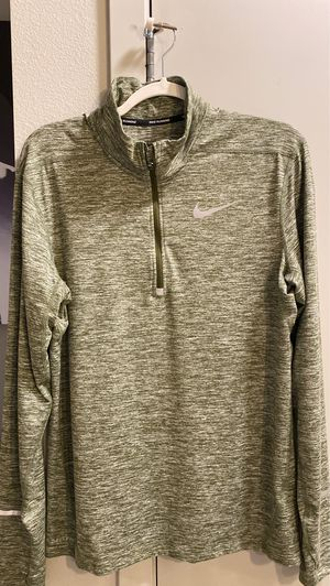 (3) Brand New Nike quarter zip men's shirts for Sale in Tacoma, WA